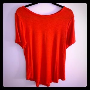 Old Navy NWT Luxe Red Curved Hem Tee Shirt L